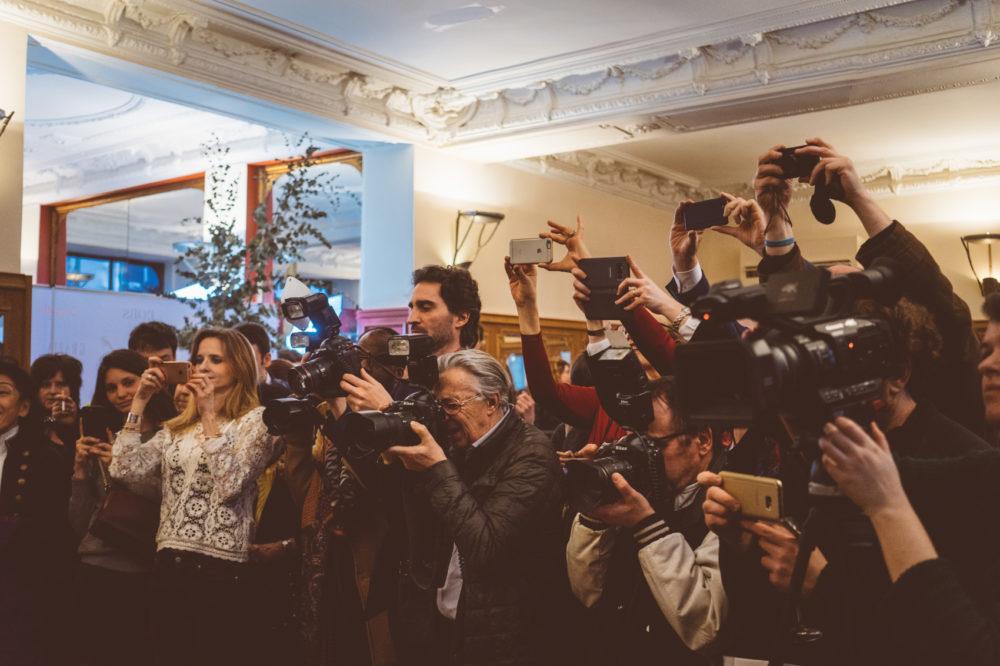 Photographes lors d'un prix litteraire